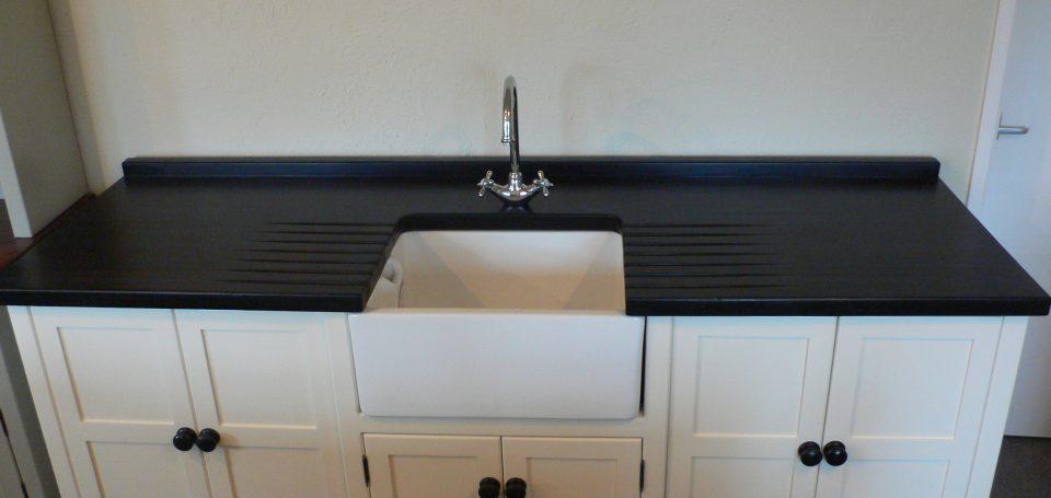 BS 66 'White Tie' Belfast Sink With Appliance Cupboard