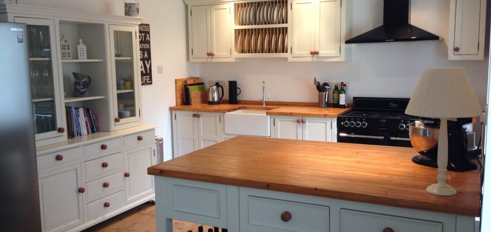 Tina 39 s new kitchen the olive branch kitchens ltd the for C kitchens ltd swanage